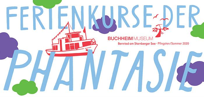 """vollständiges Logo der """"Ferienkurse des Buchheimmuseum"""" mit rotem Boot"""